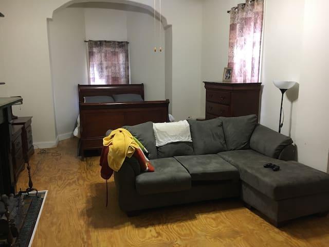 Norris Square Studio Apartment