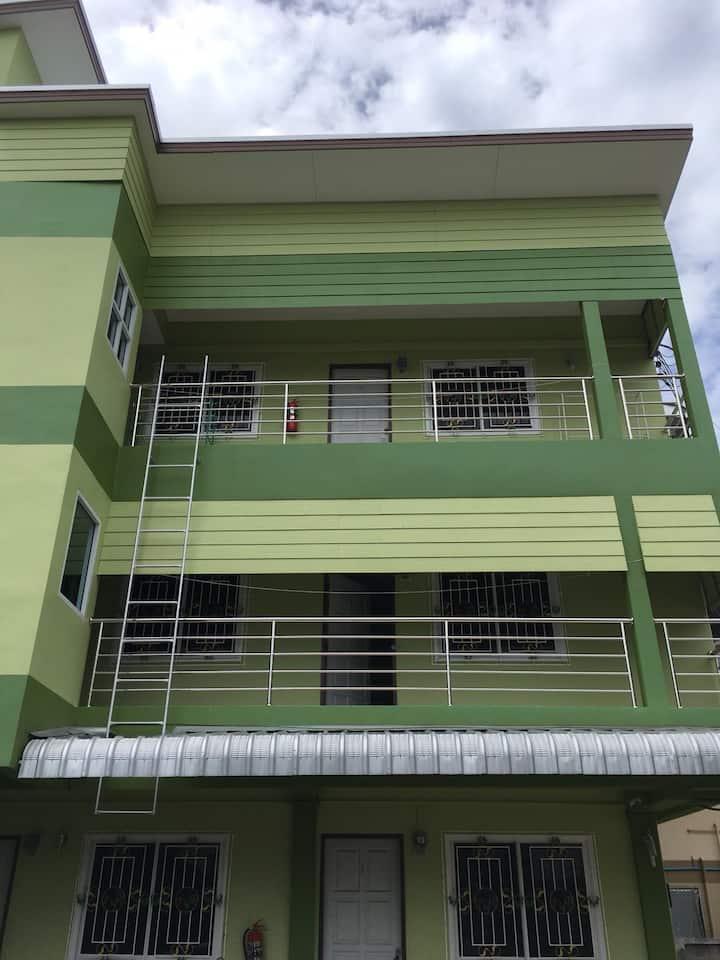 Subrangsee apartment saving price and comfortable