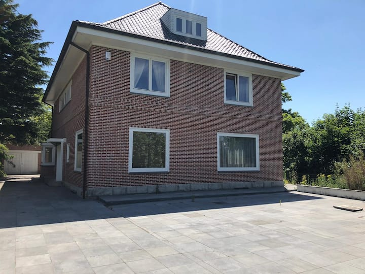Beautiful Villa close to the center of Gent