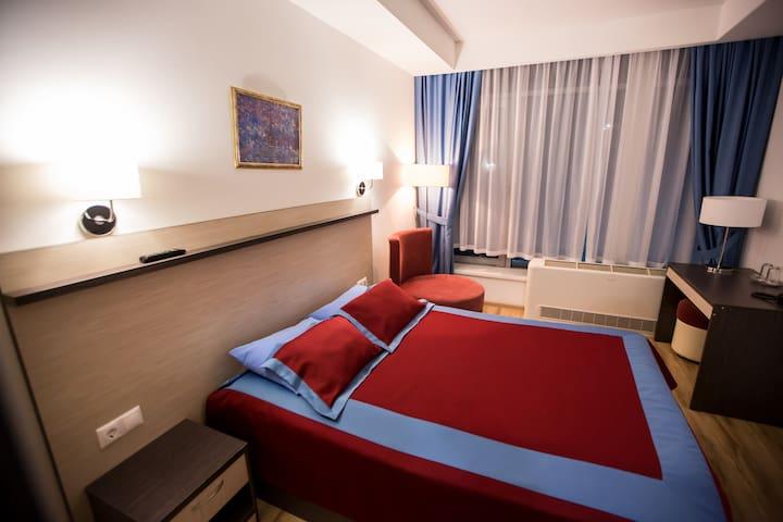 Хаят Отель - Elabuga - Gästhus