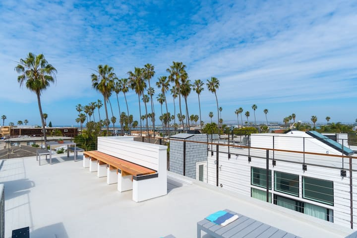 Steps to Beach, Rooftop Deck, Ocean View, NEW (T3)