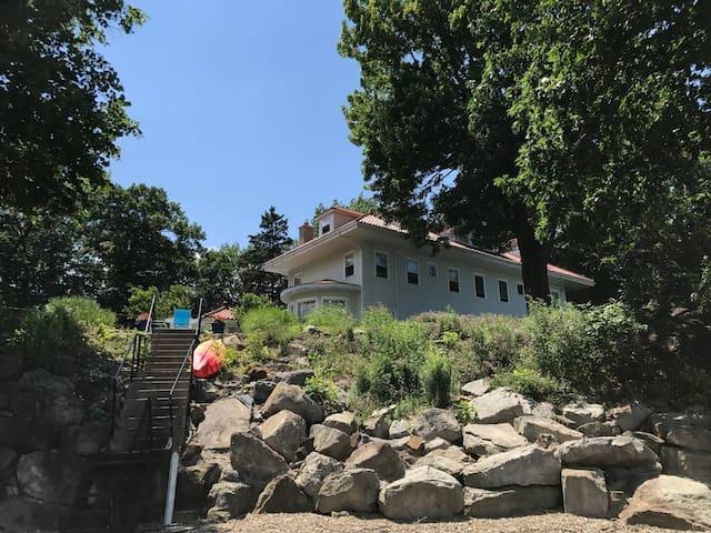 Lake Erie Mansion