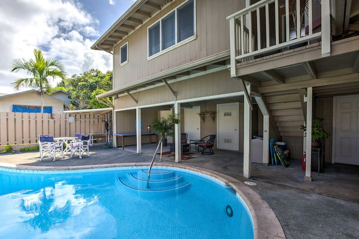 Bright Kailua House w/Pool & Patio by Beaches