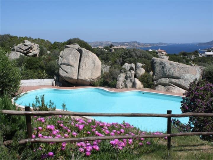 Villa Margi - Vista mare a Porto Rafael