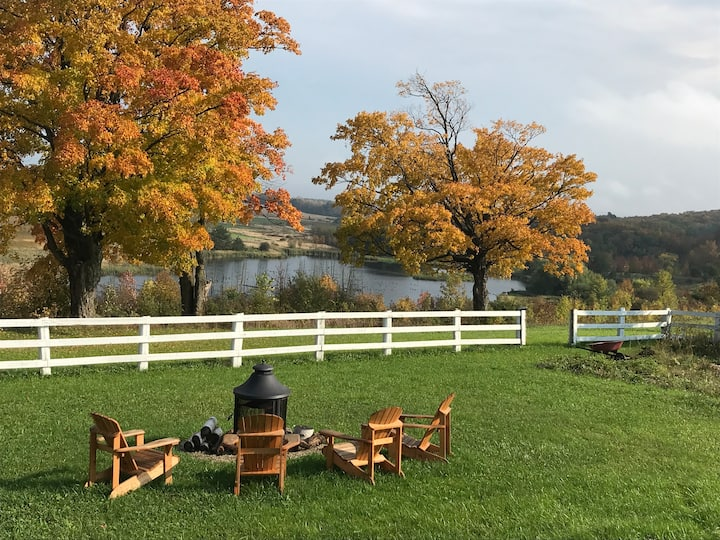 """Wine Down"" in Scenic Grey Highlands"