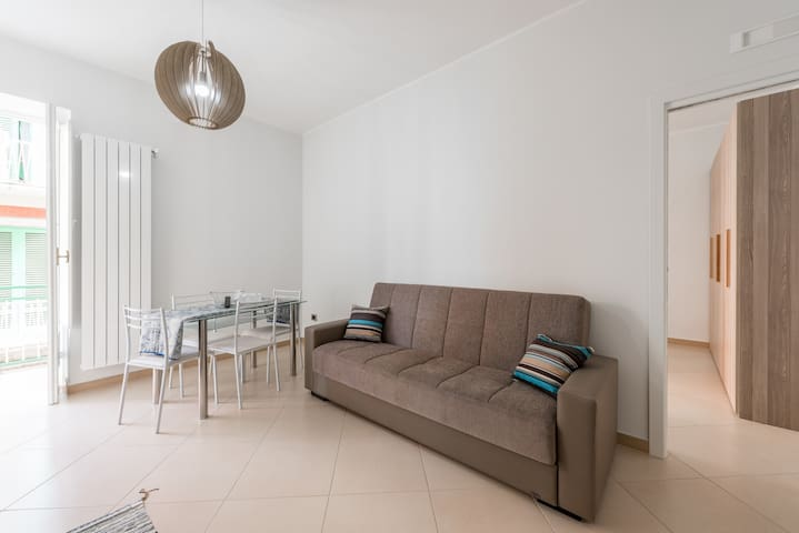 Cozy apartment. Quiet and central. - Molfetta