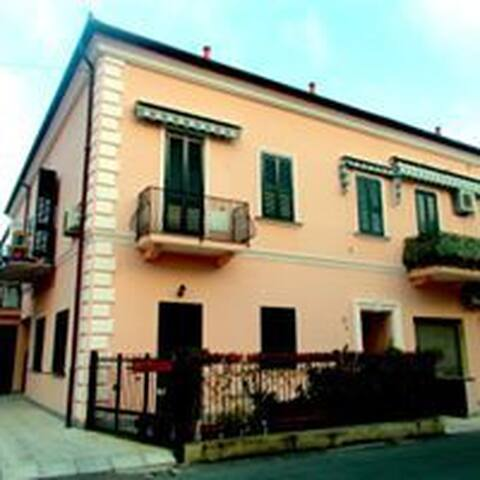 Nuovo e bellissimo appartamento a 50metri dal mare - San Bartolomeo Al Mare - Wohnung