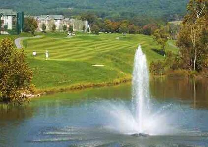 Golf/Ski. Summit at Massanutten Resort.
