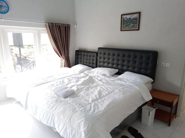 kamar tidur suite room 2 -- B
