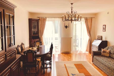 Cozy apartment.Prestigious district in city center