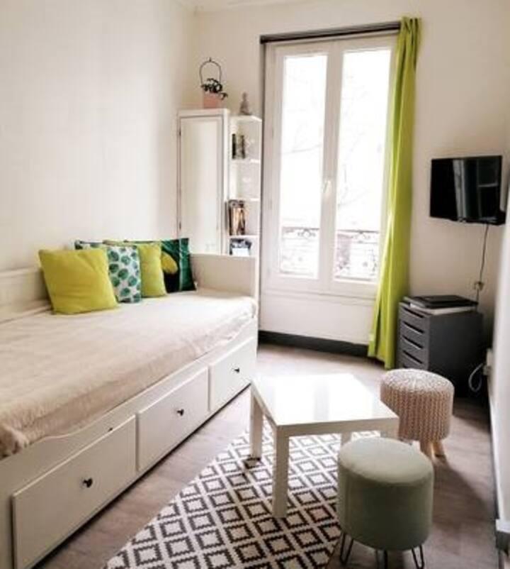 Charming Flat Montmartre Paris