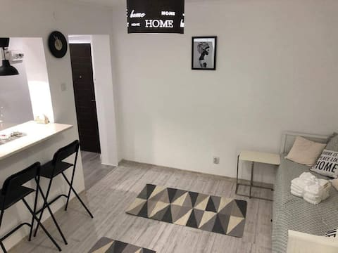 Welcome Home Central Cosy Living Studio in Iasi