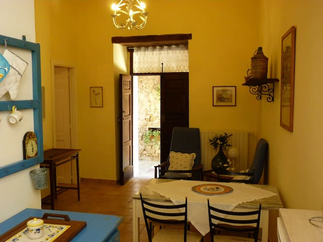 Holiday Cilento Antico is a few km from the sea