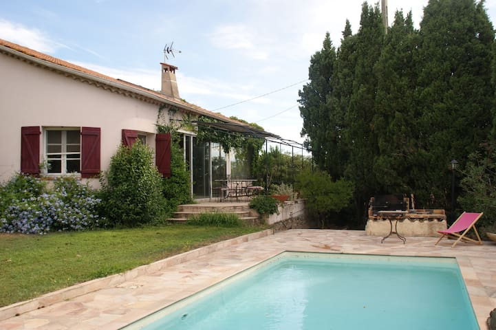 Large charming villa  with swimmingpool - 220m2 - Puget-sur-Argens - Villa