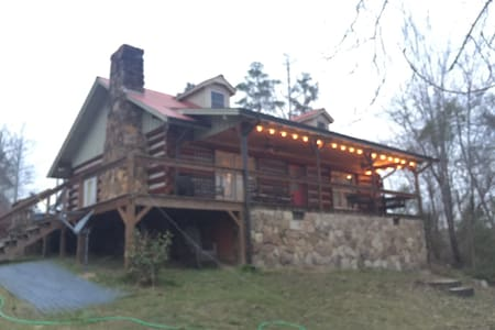 Cozy Log Home on Lewis Smith Lake - Crane Hill - Haus