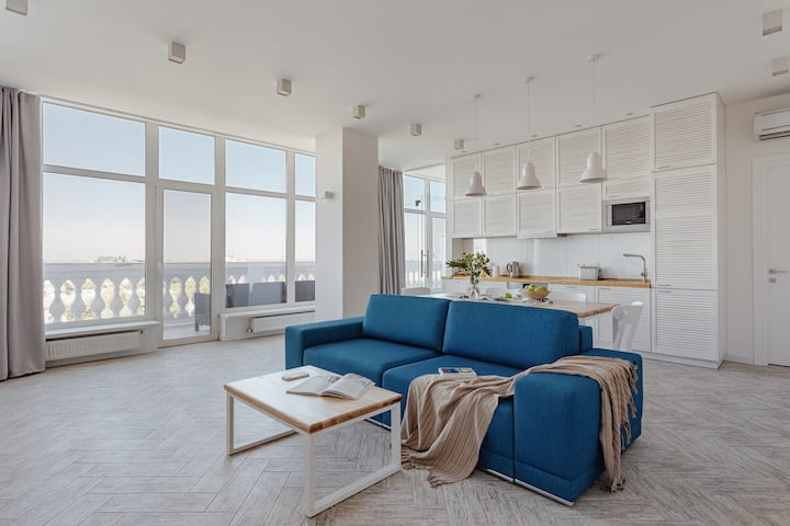 APARTMENT WITH TERRACE (CITY CENTER)
