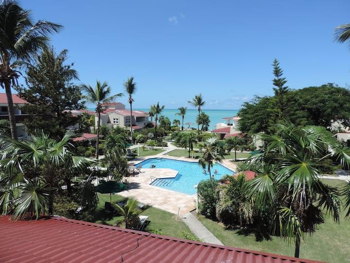 Stunning beach side apartment in beautiful Antigua