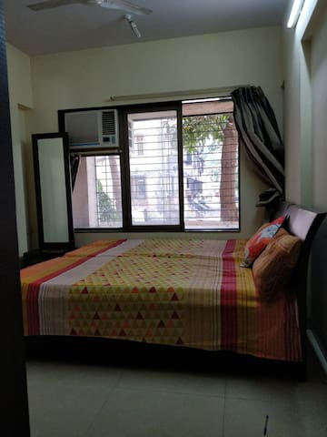 Homestay - Private room close to airport