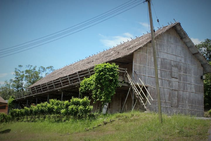 BTV Traditional Longhouse (Ground Floor)