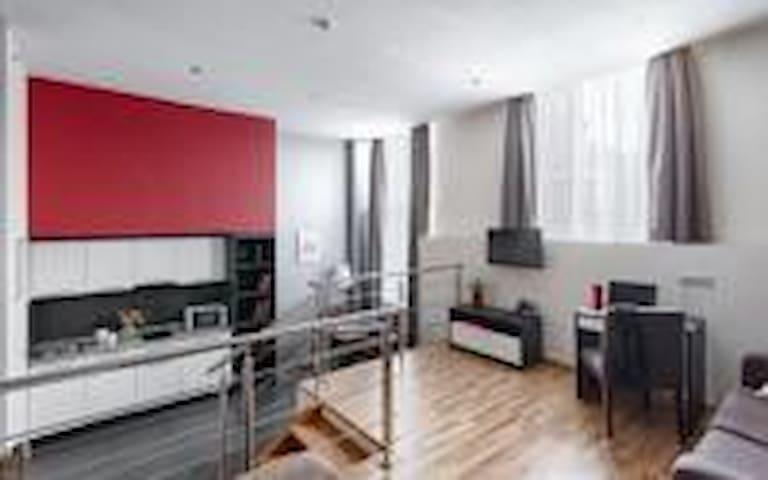 Vertical apartment hotel