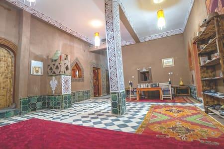 Dar M'hamid ( Maison d'hôtes )