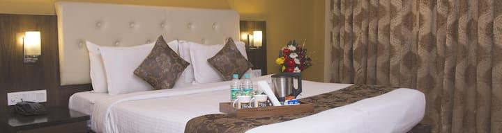 Mango Classic Hotel Room- Nagpur