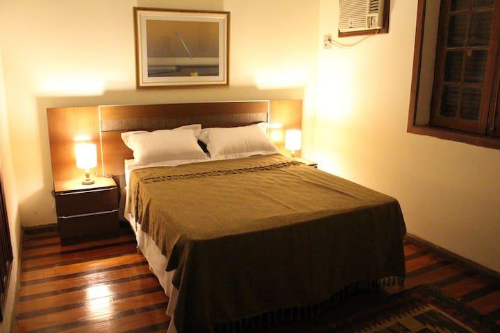 3 Quartos para 6 pessoas no Melhor de Copacabana. - Rio de Janeiro - Bed & Breakfast
