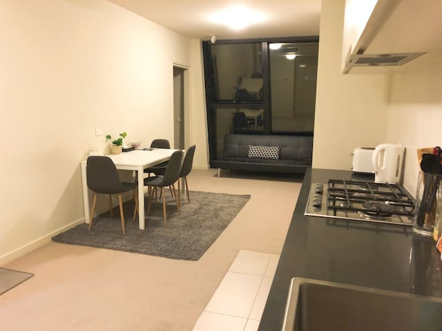 10/10 Cozy apartment southern cross Melbourne CBD