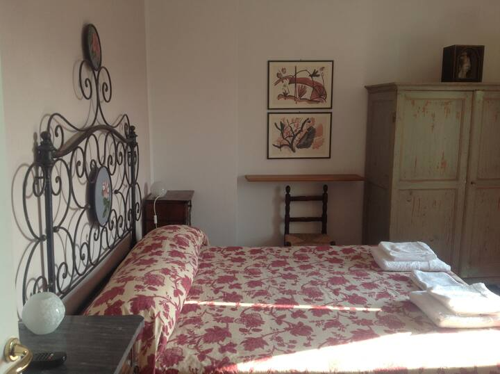 b&b il Barego 5 min. away from the sea, Quarzorosa