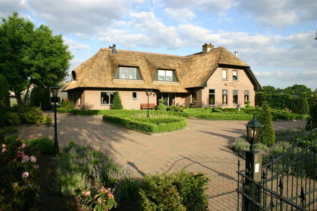 Villa otterlo villa 39 s te huur in otterlo gelderland for Te huur in gelderland