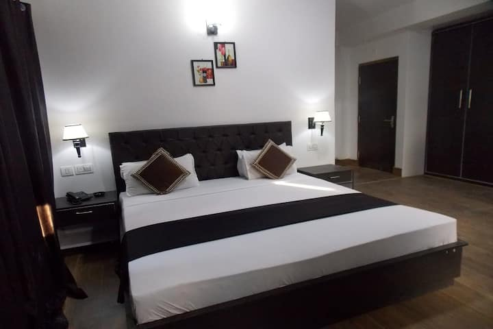 Dream Villa Retreat Premium Room , Pelling