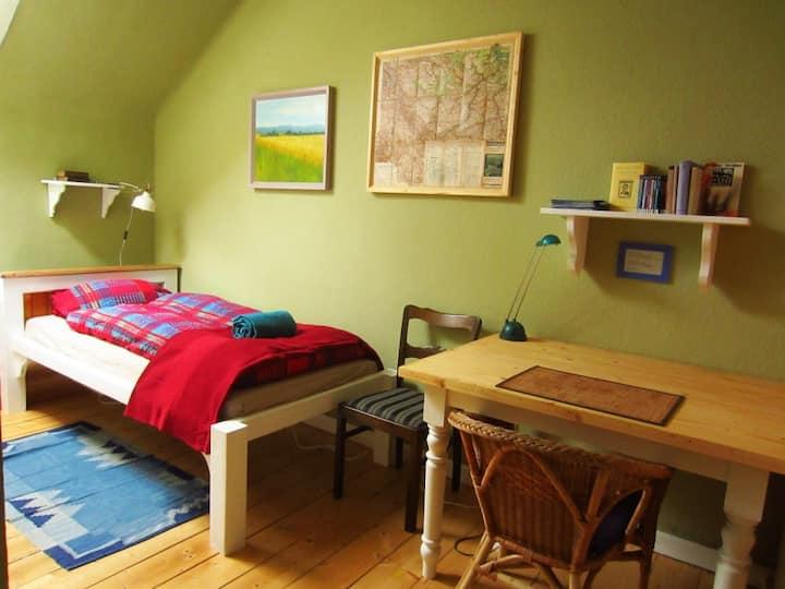 The Green Room - mini studio Gotha city center