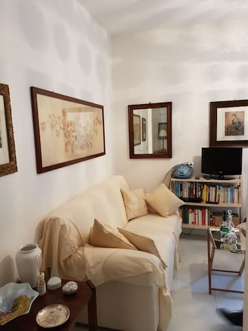 Charm little flat in downtown - Reggio Emilia