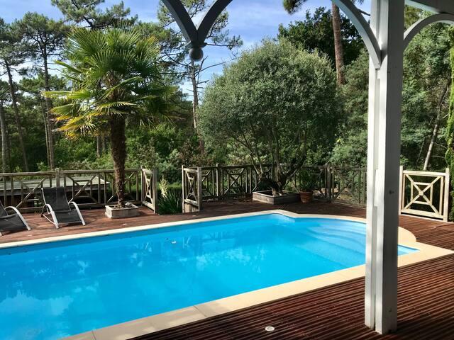 Villa Pyla, Abatilles avec piscine et vue forêt