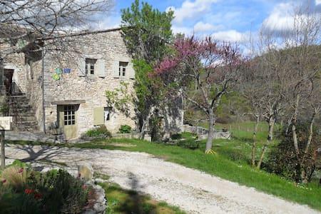Bâtisse provençale - Luberon
