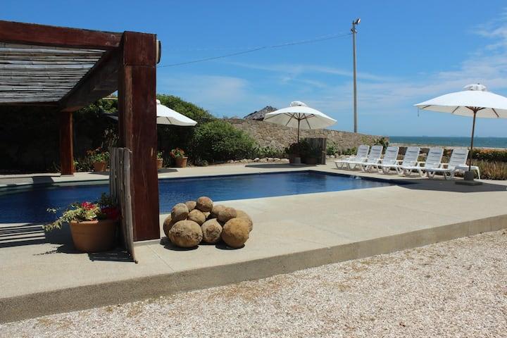 Calmachicha Luxury Beach House