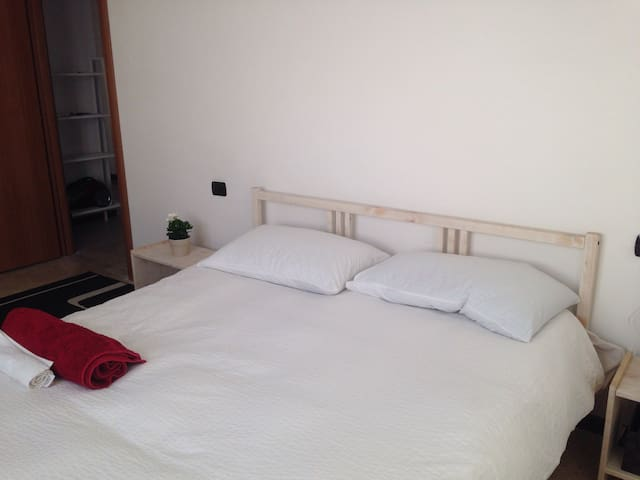 Nice bedroom close to MXP Airport