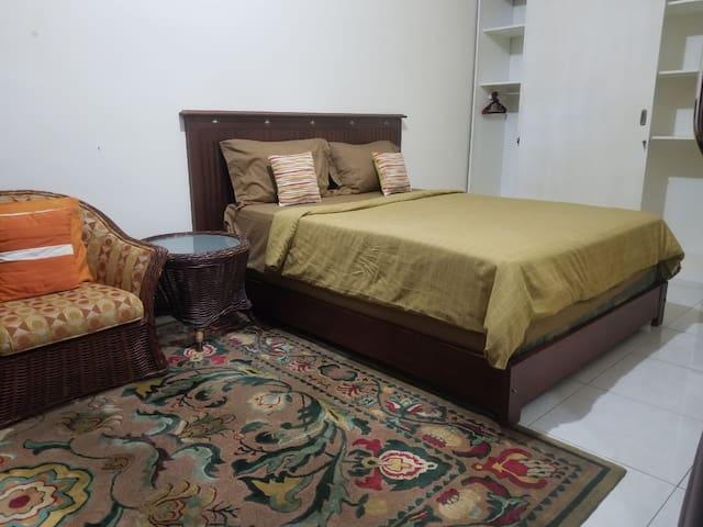 Private Room in Batu Layar