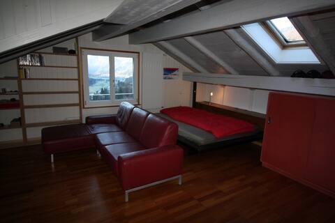 Dachwohnung für 2 Personen