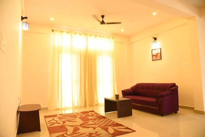 2BHK at Daffodil Apartments-Close to all Sights