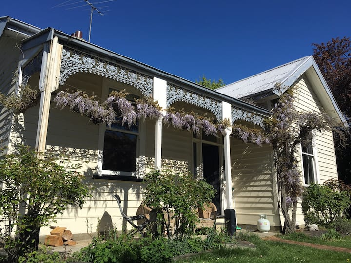 Arrowtown Historic Villa- Private Double Room