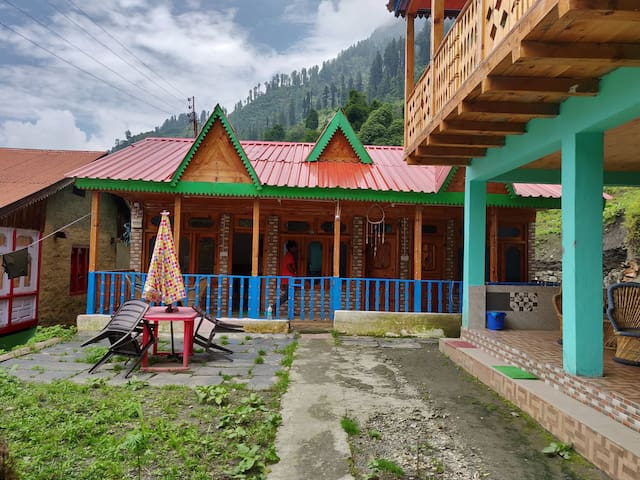 Woody cottage - Grahan village