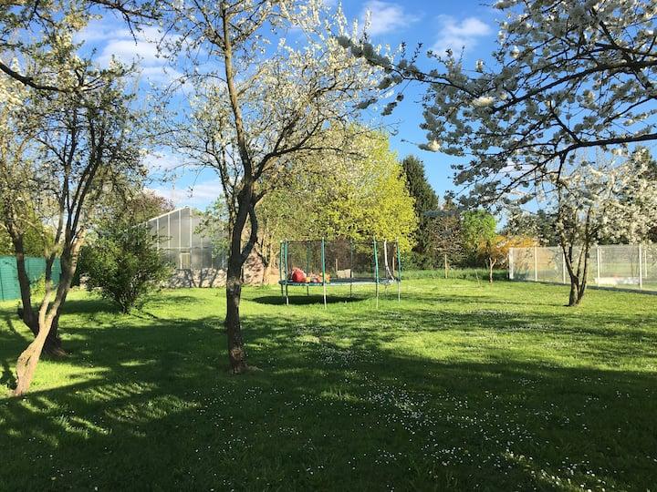Logement au calme avec grand jardin 1-2 personnes