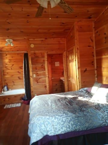 Loft -  Sweet Country Cabin