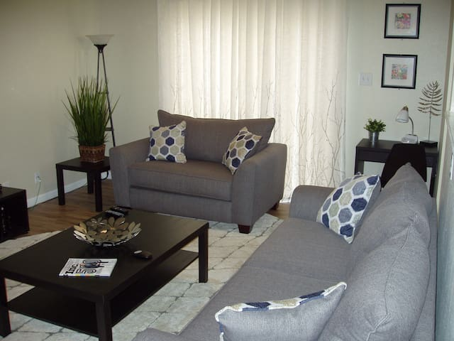 Fully Furn./Util. Incl. Home-Close to Lackland AFB