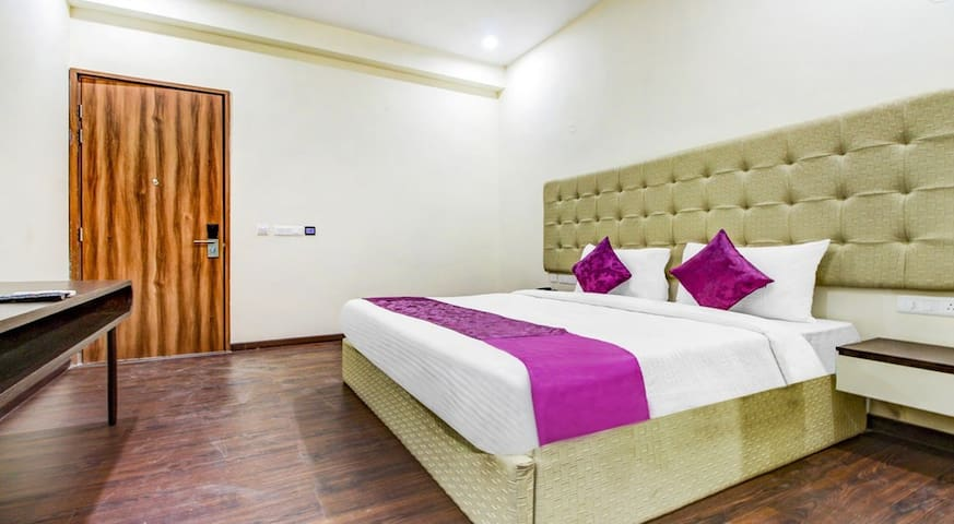 Tryst Best Hotel in Gurgaon for You