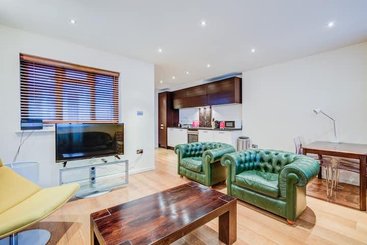 Luxury Apartment by Regent Street