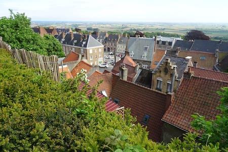 Leven als God in (Vlaams) Frankrijk ! - Cassel - Rumah