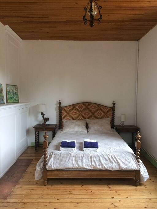 Maison clusi re au bord de la voie verte guesthouses for rent in meilhan sur garonne - Maison au bord de la voie ferree ...