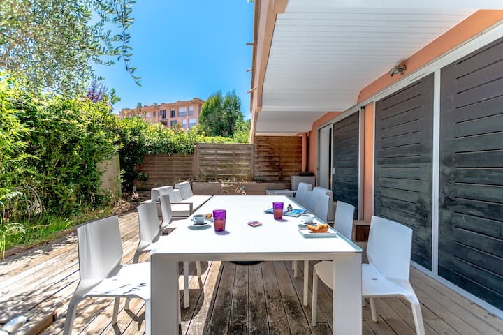 Nice apartment with a terrace in St-Tropez